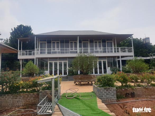 Vụ phá rừng phòng hộ xây khu nghỉ dưỡng ở Đắk Nông: Huyện hứa làm quyết liệt - Ảnh 4.