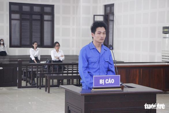 Tuyên án tù chung thân người cha giết con rồi ném xác xuống sông Hàn - Ảnh 1.