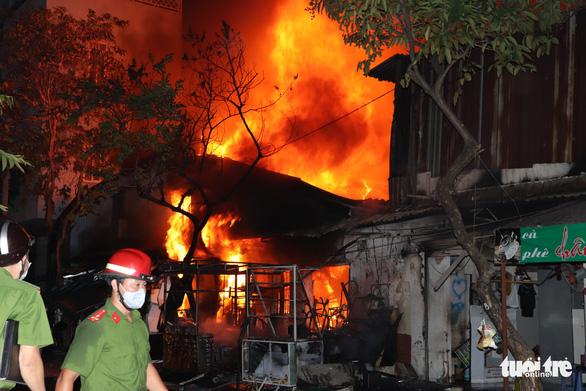 TP Thủ Đức và quận Gò Vấp xảy ra cháy nhiều nhất ở TP.HCM - Ảnh 1.