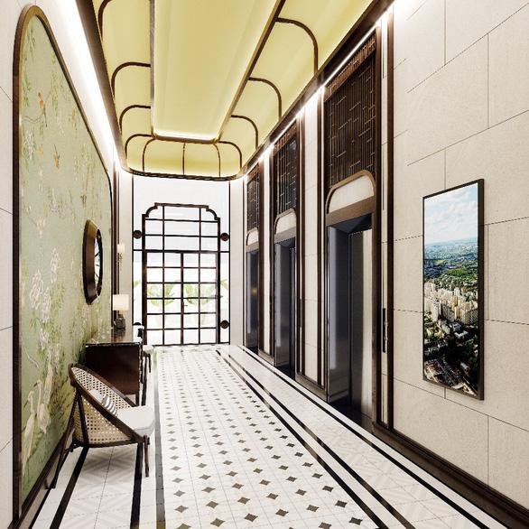 Hành lang tòa tháp Park 1 lót sàn gạch bông cùng đồ trang trí mang dư âm cổ kính, thanh lịch nhưng tiện dụng, đơn giản làm mê đắm lòng người