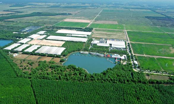 Ra mắt hệ thống trang trại sinh thái Vinamilk Green Farm - Ảnh 2.