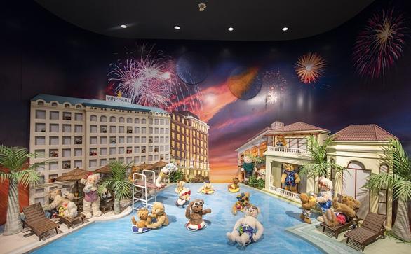 Teddy Bear Museum Việt Nam sắp khai trương tại Phú Quốc United Center - Ảnh 3.