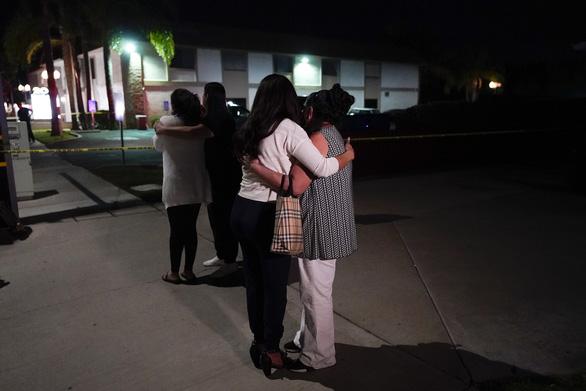 Xả súng ở quận Cam, 4 người thiệt mạng - Ảnh 5.