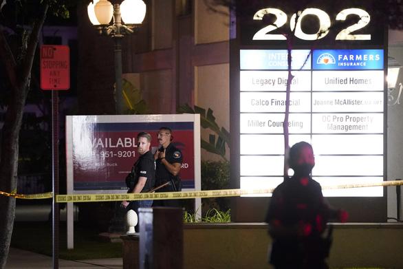 Xả súng ở quận Cam, 4 người thiệt mạng - Ảnh 4.