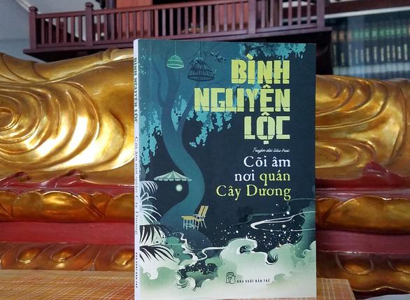 Nghe Bình Nguyên Lộc kể chuyện ma trong Cõi âm nơi quán Cây Dương - Ảnh 1.