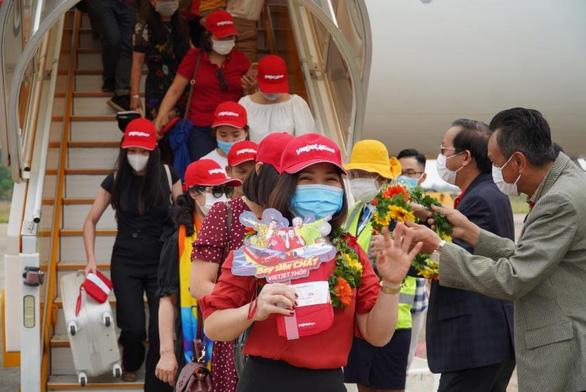 Vietjet đồng loạt mở 5 đường bay mới đến Phú Quốc - Ảnh 1.