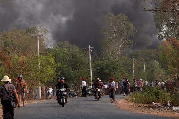 Myanmar tuyên án tử hình 19 người vì giết phụ tá một đại úy - Ảnh 1.