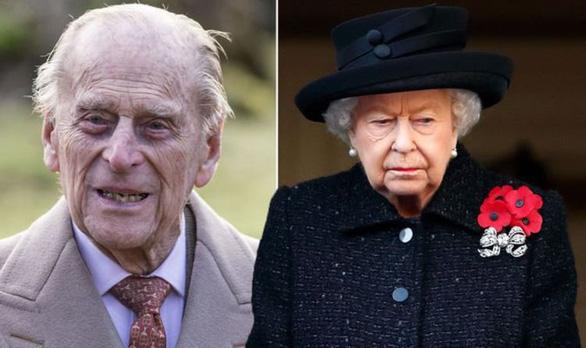 Tang lễ Hoàng thân Philip: Treo cờ rủ, bắn đại bác, không có quốc tang - Ảnh 1.