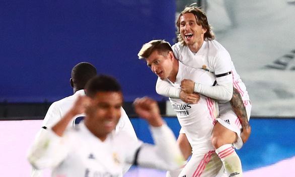 Barca lại bại trận trước Real Madrid - Ảnh 2.