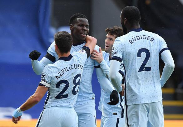 Đại thắng Crystal Palace, Chelsea lại vượt mặt Liverpool - Ảnh 3.