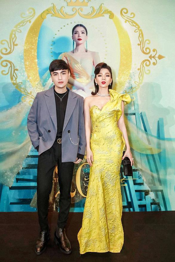 Đinh Thiên Phú - chàng designer đứng sau hơn 1.000 poster của showbiz Việt - Ảnh 3.