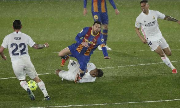 Barca lại bại trận trước Real Madrid - Ảnh 4.