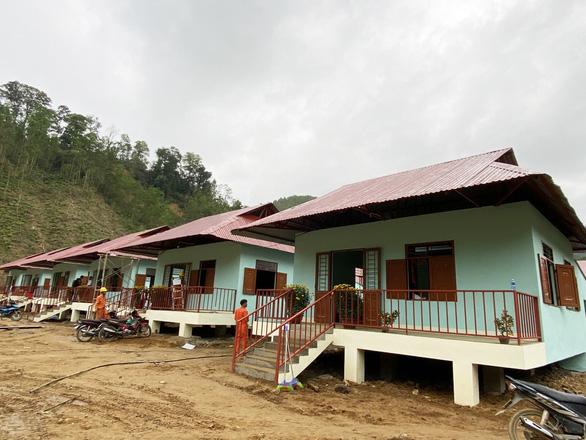 Sau lùm xùm, ông Đoàn Ngọc Hải chuyển thêm tiền xây 1 nhà 150 triệu thay vì 2 căn 60 triệu đồng - Ảnh 1.