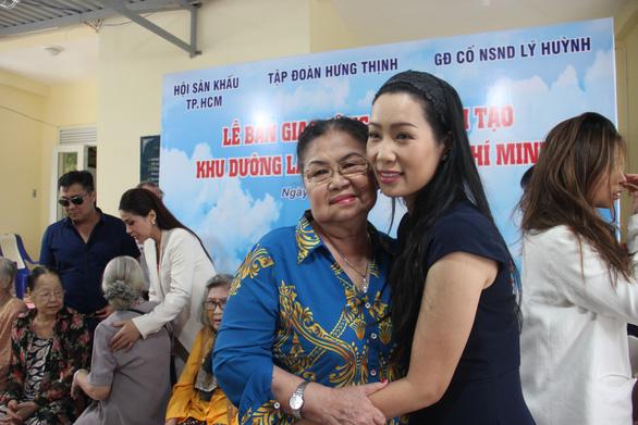Trịnh Kim Chi làm từ thiện: Minh bạch, công khai tất cả thu chi - Ảnh 1.