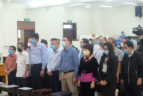 Cựu chủ tịch Công ty Thép Việt Nam nói ân hận, xin lỗi những người làm gang thép - Ảnh 2.