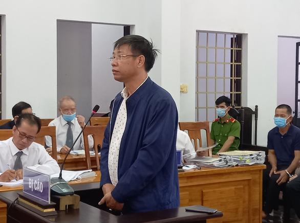 Trịnh Sướng bị đề nghị mức án từ 12-13 năm tù vì sản xuất buôn bán xăng giả - Ảnh 2.