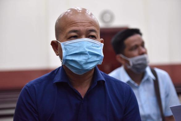 Bị cáo Út trọc bệnh nặng, hoãn phiên tòa vụ cao tốc TP.HCM - Trung Lương - Ảnh 1.