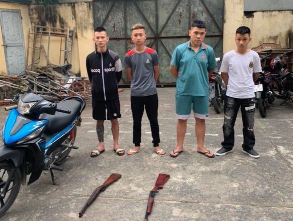 Giành đấu giá đất, nhóm thanh niên được lệnh nổ súng vào nhà đối thủ - Ảnh 1.
