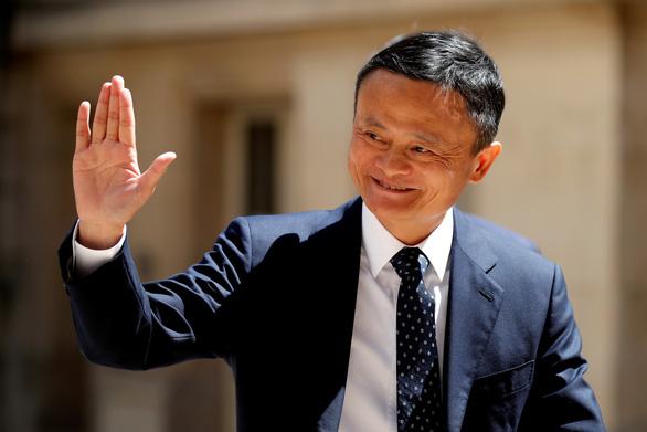 Alibaba bị phạt nhiều tỉ USD, tài sản ông chủ Jack Ma vẫn tăng thêm 2,3 tỉ USD - Ảnh 1.