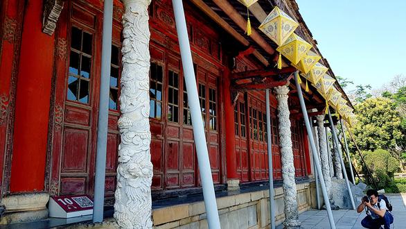 Trùng tu điện Thái Hòa: Bảo tồn tối đa các cấu kiện gỗ - Ảnh 1.