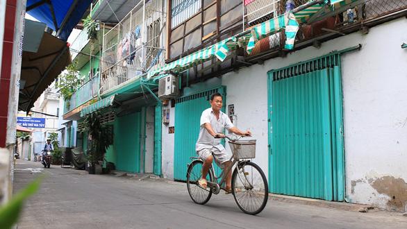 Sài Gòn bao dung - TP.HCM nghĩa tình: Lạm phát yêu thương - Ảnh 1.