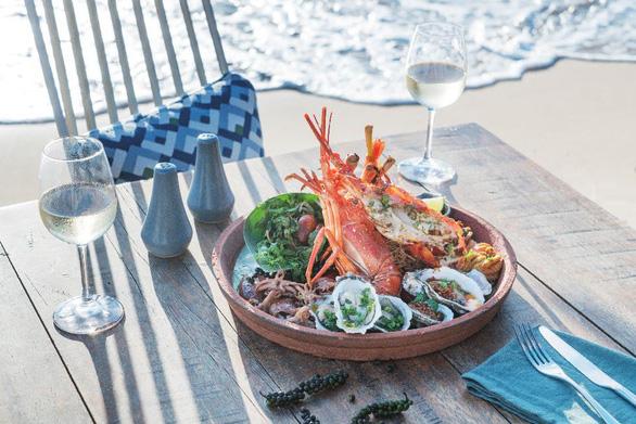 Đặc quyền ẩm thực cao cấp tại InterContinental Phu Quoc Long Beach Resort - Ảnh 4.