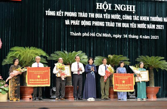 Bí thư Nguyễn Văn Nên: Kịp thời tôn vinh những tấm gương người tốt trên mạng - Ảnh 1.