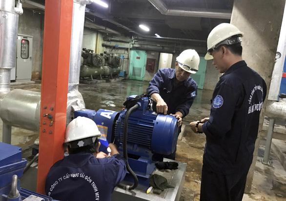 Thay thế đường ống rò rỉ ở 4 quận và TP Thủ Đức, nước gián đoạn hoặc yếu vào chủ nhật - Ảnh 1.
