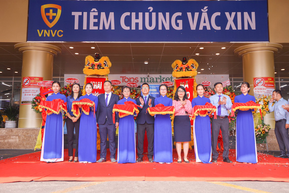 Khai trương trung tâm tiêm chủng thứ 50 - VNVC Tân Phú - Ảnh 1.