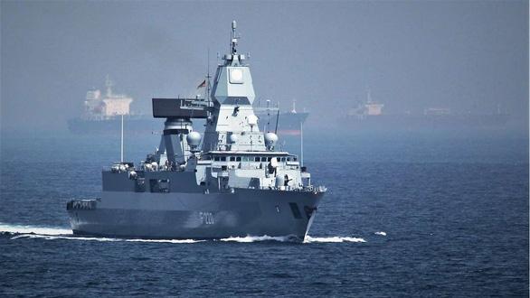 Nhật - Đức đối thoại an ninh, bàn tập trận đối phó Trung Quốc - Ảnh 2.