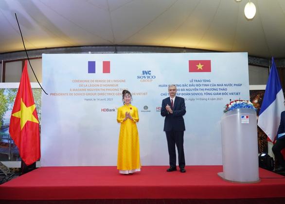 Doanh nhân Nguyễn Thị Phương Thảo nhận Huân chương Bắc đẩu bội tinh - Ảnh 1.