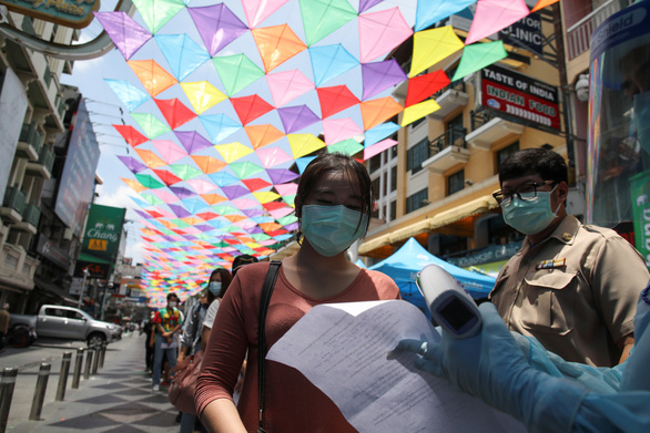 Thái Lan xem xét phong tỏa một phần thủ đô Bangkok - Ảnh 1.