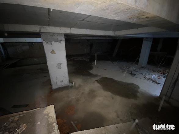 Vụ 'nhà phố 4 tầng hầm': Tại sao quận Ba Đình không được cấp phép xây dựng trên đường Trần Phú? - Ảnh 2.