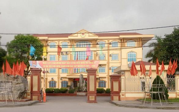 Đình chỉ sinh hoạt đảng phó chủ tịch HĐND thị xã Nghi Sơn để phục vụ điều tra - Ảnh 1.