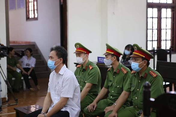 Viết bài xúc phạm lãnh đạo, ông Quách Duy lãnh 4 năm 6 tháng tù - Ảnh 1.