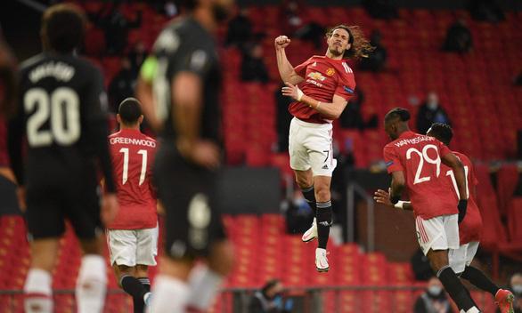 Manchester United, Arsenal vào bán kết Europa League - Ảnh 1.