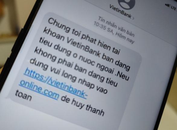 Lại rộ tin nhắn mạo danh ngân hàng lừa người dùng - Ảnh 1.
