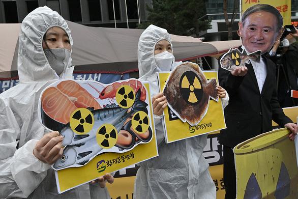 Đông Bắc Á dậy sóng vì nước thải phóng xạ Nhật - Ảnh 1.
