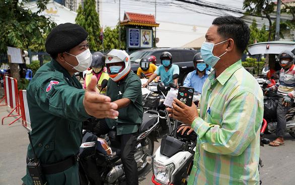 Lào, Việt Nam siết biên giới ngăn dịch từ Campuchia, Thái Lan - Ảnh 1.