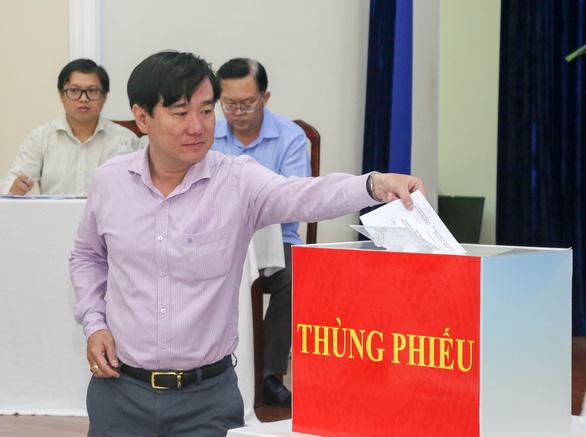 TP.HCM thông qua danh sách 38 ứng cử viên đại biểu Quốc hội - Ảnh 1.