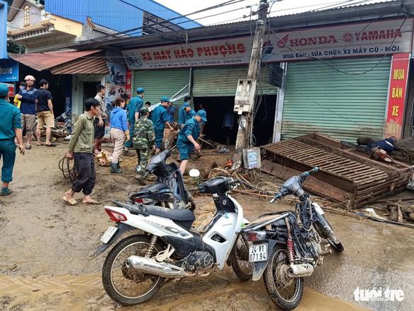Lũ ống trong đêm ở Lào Cai, ít nhất 2 người chết, 1 người mất tích - Ảnh 5.