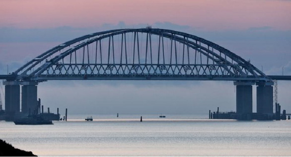 Nga: Chỉ hạn chế hoạt động hàng hải ở biển Đen, không ảnh hưởng eo biển Kerch - Ảnh 1.