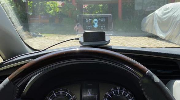 Biến xế yêu thành 'Smartcar' với HUD dẫn đường VIETMAP mới - Ảnh 2.