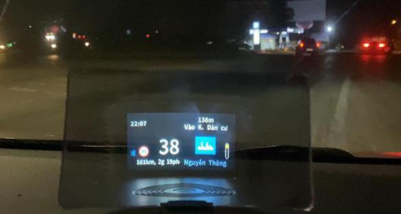 Biến xế yêu thành 'Smartcar' với HUD dẫn đường VIETMAP mới - Ảnh 4.