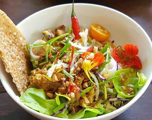 Nhớ Hội An, thèm món ăn tuyệt chiêu của ca sĩ Ánh Tuyết - Ảnh 2.
