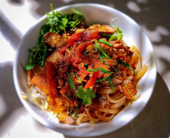 Nhớ Hội An, thèm món ăn tuyệt chiêu của ca sĩ Ánh Tuyết - Ảnh 3.