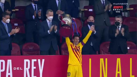 Lionel Messi phá vỡ im lặng: Đây là chiếc cúp đặc biệt với tôi - Ảnh 1.