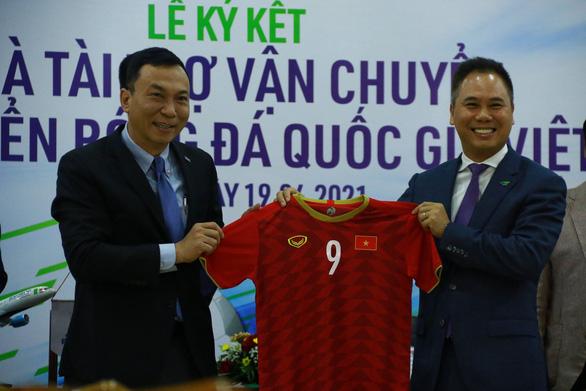 Đội tuyển Việt Nam sẽ đi máy bay riêng đến UAE dự vòng loại World Cup 2022 - Ảnh 1.