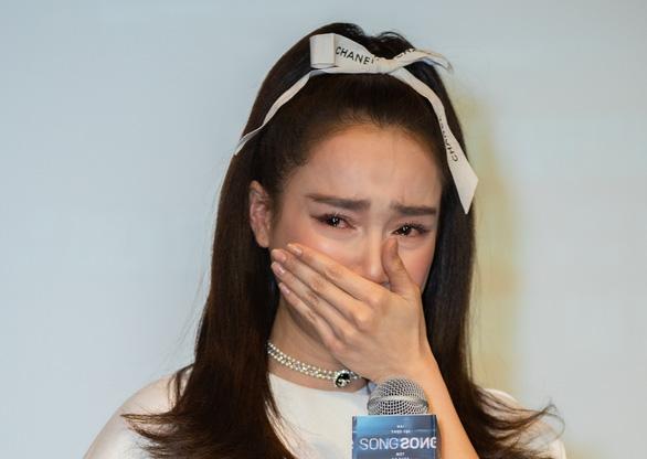 Nhã Phương bị đạo diễn chỉ trích và bệnh ngôi sao trong giới giải trí - Ảnh 1.