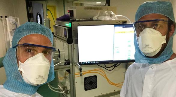 Phân tích khí thở để phát hiện người mắc COVID-19, mất chỉ vài chục giây - Ảnh 2.